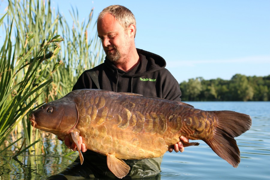 Kris Deams with Equaled at 46lb from Stock Pond 15.06.19