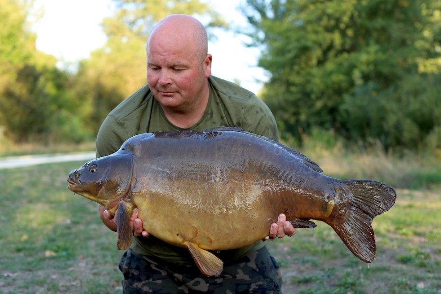 Scott Hankin, 38lb, Pole Position, 24.8.19