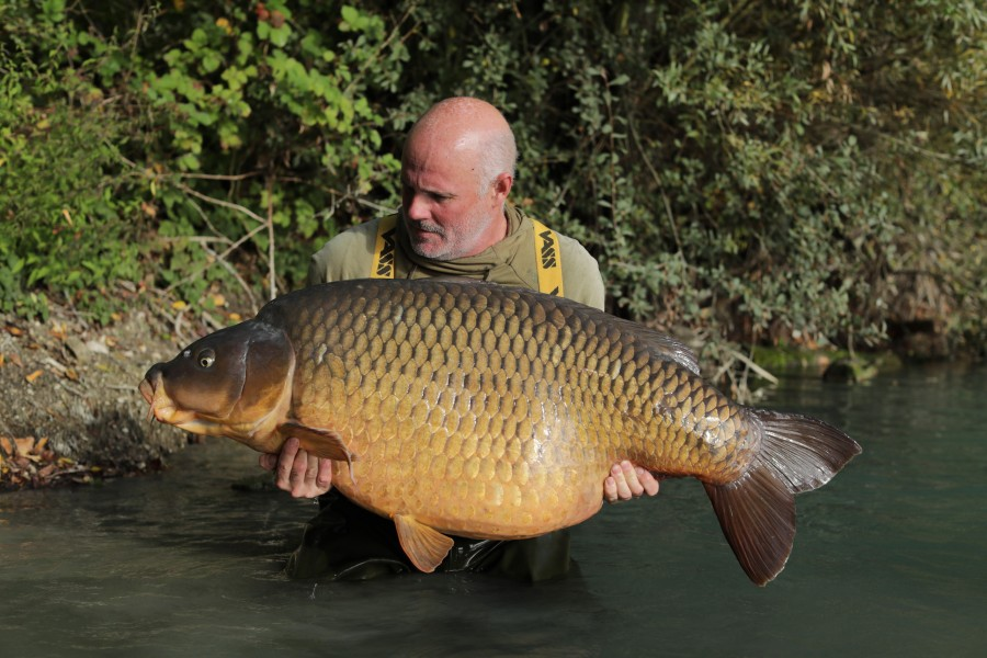 Steve French with The Immaculate Common at 87lb 8oz from Bob's Beach 05.10.2019