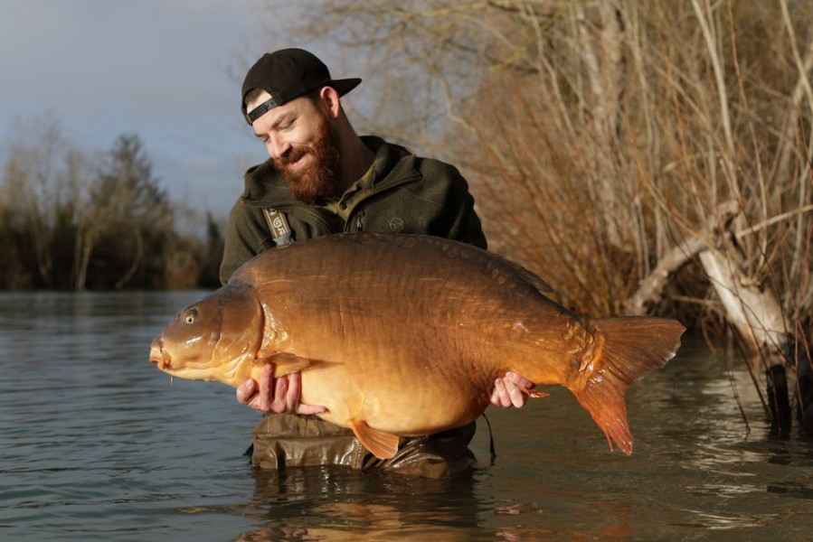 Fudgy's in February....top angling deacon.
