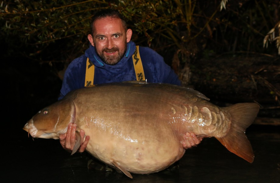 "Just colossal!!...... Chris Clarke with ""The Giggler"" at 83lb from ""Big Southerly"""