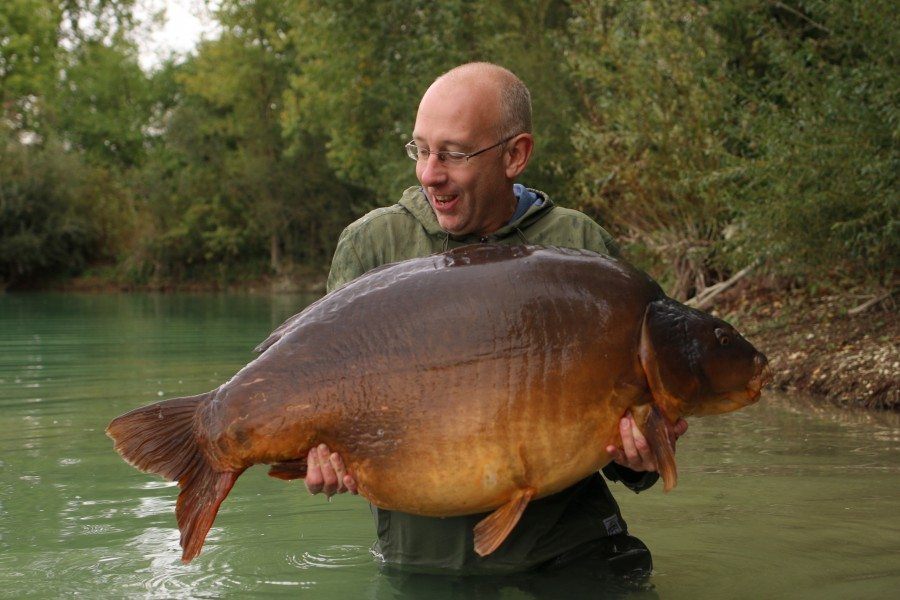 "Here she is, the queen of the lake, ""Fudgy's"" at 80lb caught by Jeff Maskell........"