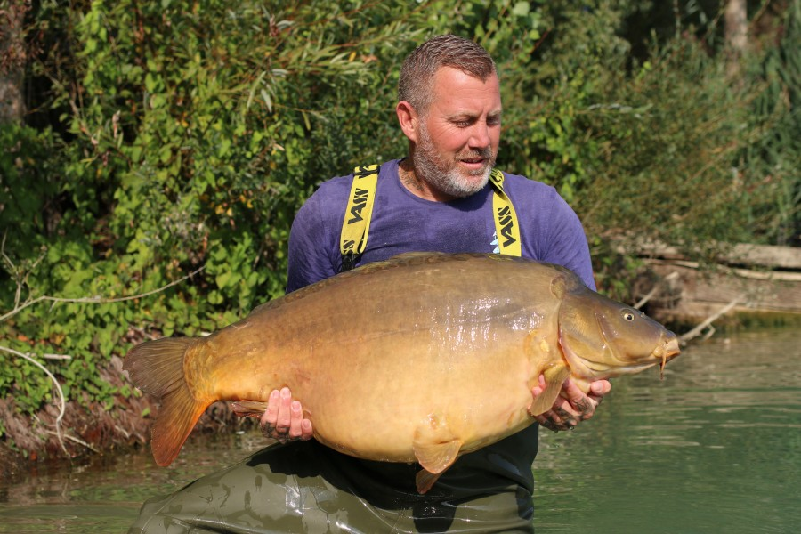 "Dean with ""Well Hung"" at an impressive 50lb 12oz........."