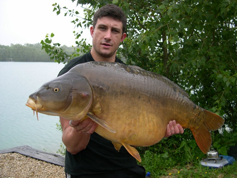 Gage with his PB @ 32lb+