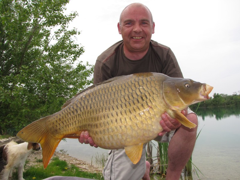 Gordon with a 33 common