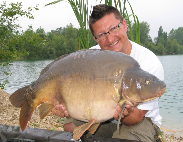 Danny with No Name at 30lb 8oz.